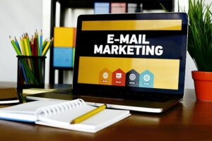 email-marketing-5937010_640